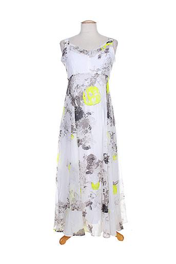 3322 robes et longues femme de couleur blanc (photo)
