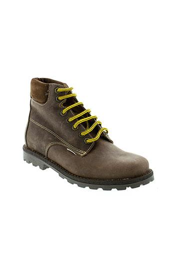 le et loup et blanc boots garcon de couleur marron