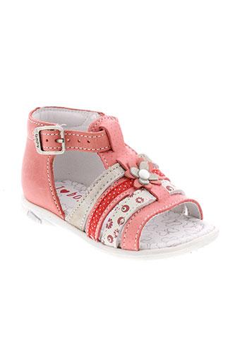 bopy sandales et nu et pieds fille de couleur rose