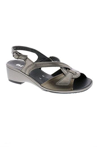 ara sandales et nu et pieds femme de couleur marron