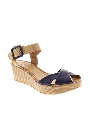 lune et l et autre sandales et nu et pieds femme de couleur bleu