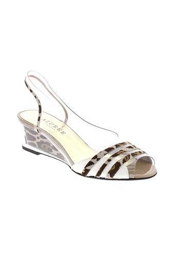 azuree sandales et nu et pieds femme de couleur marron