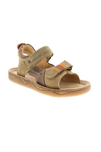 minibel sandales et nu et pieds garcon de couleur beige