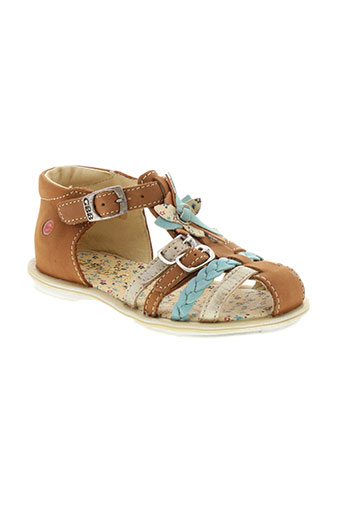 gbb sandales et nu et pieds fille de couleur marron