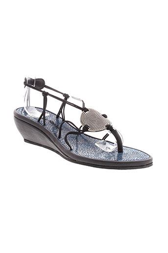 string et tong sandales et nu et pieds femme de couleur bleu