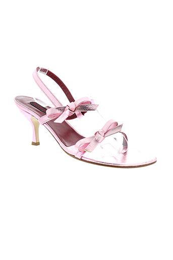 accessoire et diffusion sandales et nu et pieds femme de couleur rose